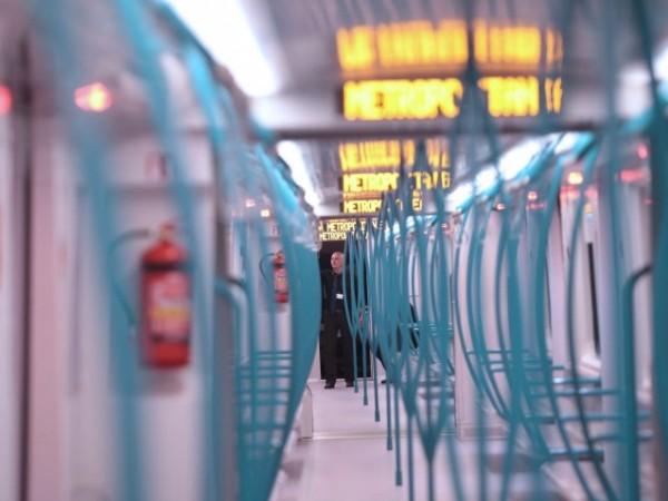 От днес се намаляват интервалите на движение в метрото в