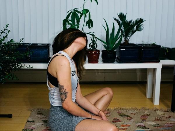 Социалната изолация пречи сериозно на физическата ни активност. Затворените фитнес