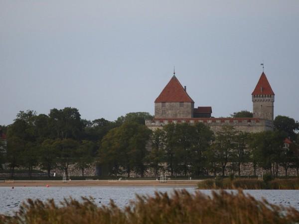 Островът на короната - така местните жители наричат остров Саарема,