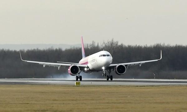 Полетите на Wizz Air до Лондон няма да се осъществят