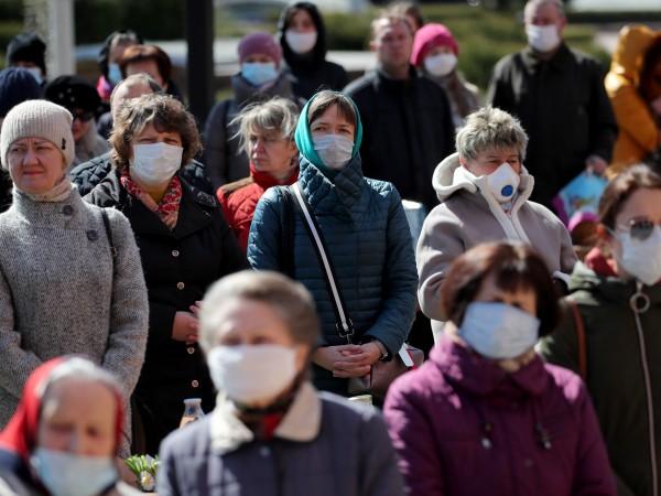 Президентът на Беларус все още отрича, че епидемията от COVID-19