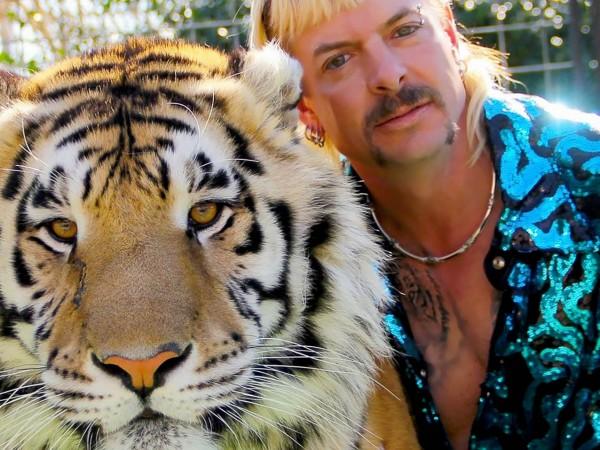 Невероятната история на Джо Екзотик - гей, американец и любител