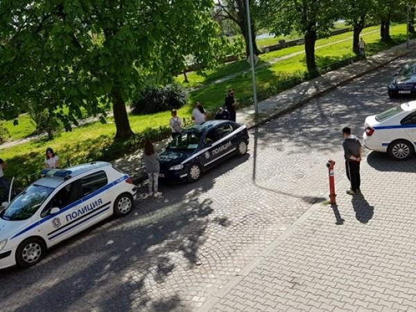 Пловдивските полицаи тръгнаха на масови проверки по улици, градинки и