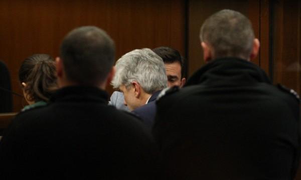 Нено Димов се прибира вкъщи след три месеца в ареста
