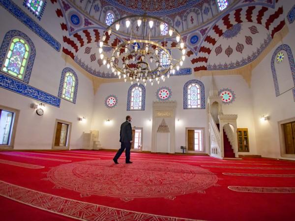 Свещеният за мюсюлманите месец Рамазан започна в условията на пандемия.