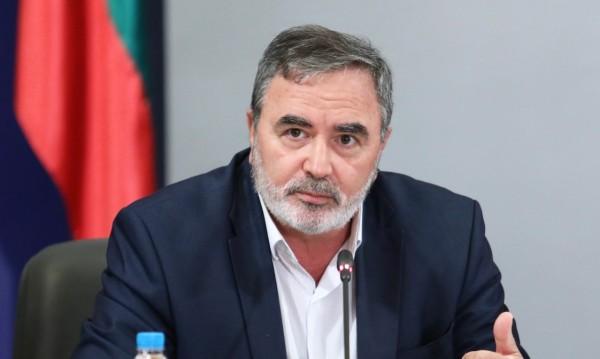 Д-р Кунчев за дезинфектантите: Има 2 дни срок да се изтеглят