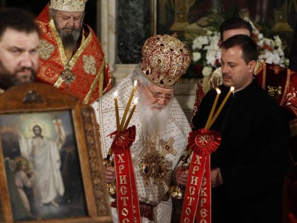 Ставропигиалните манастири може да останат без държавна субсидия. За това