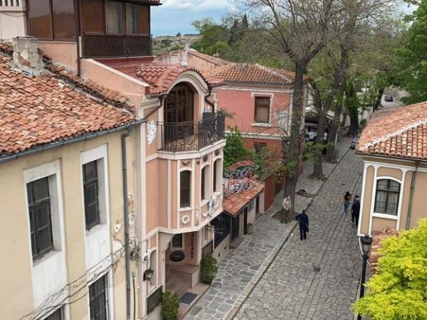 Приключиха огледите заради земетресението край Пловдив в петък. Констатацията е,