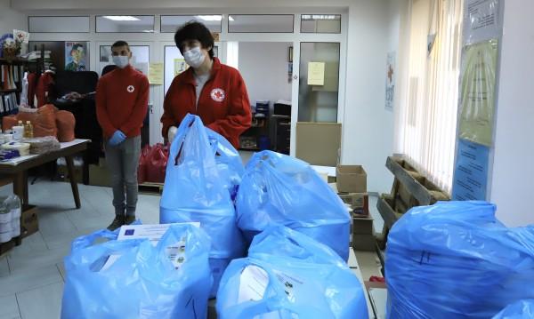 Измама с хранителни пакети в русенски квартал