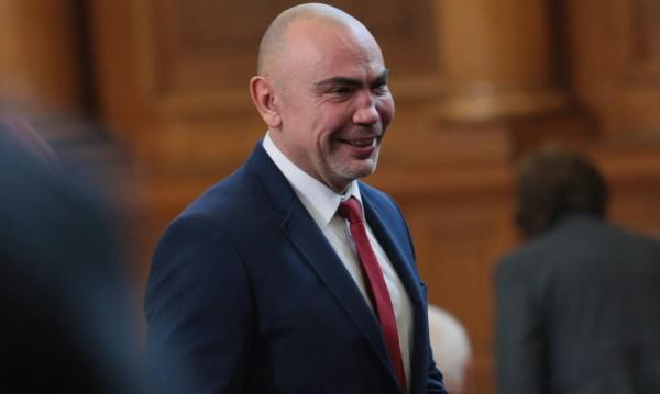 Росен Петров за храбростта на революционера Никола...