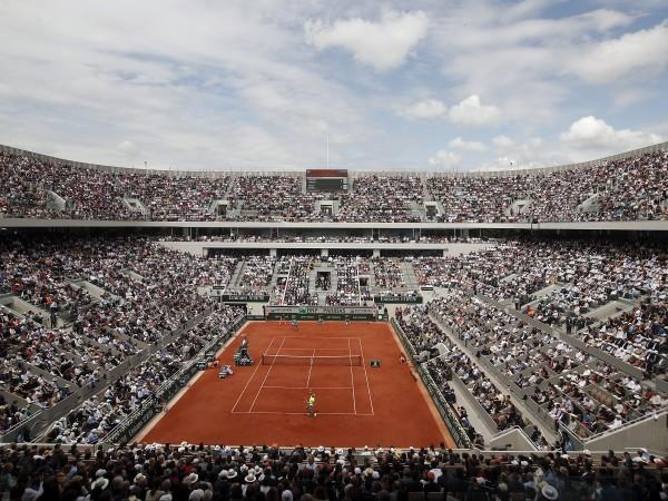 Президентът на Френската тенис федерация Бернард Гуидичели не отхвърли варианта