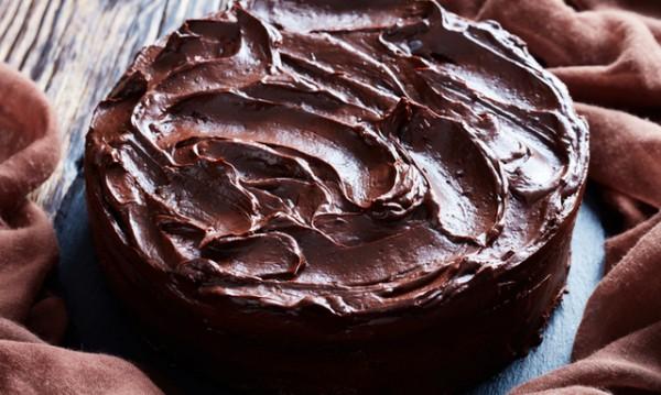 Рецептата Dnes: Шоколадова глазура за всеки сладкиш