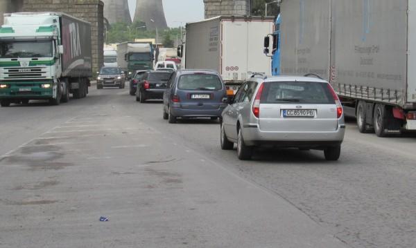 Проверяват камионите в София за чист външен вид от утре