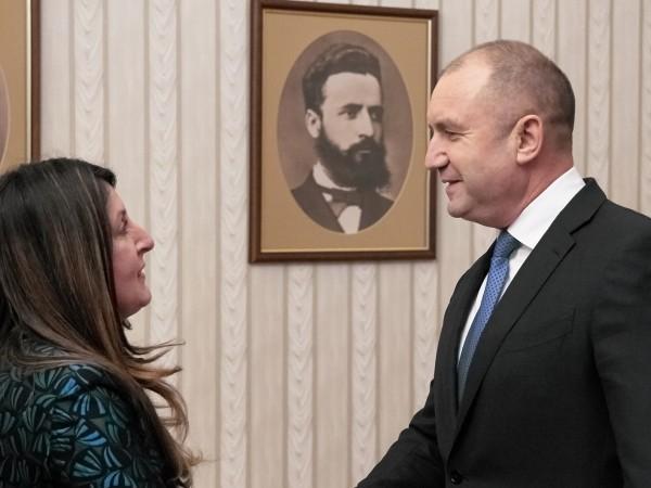Президентът Румен Радев обсъди с посланик Херо Мустафа перспективите за