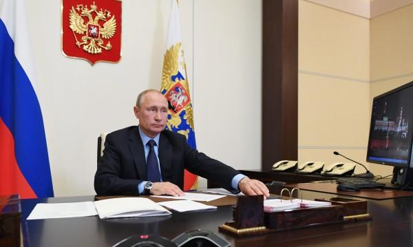 Ситуацията с коронавируса се подобрява, увери Путин