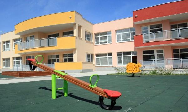 Обявяват първо класиране за прием в ясли и детски градини
