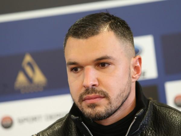 Бившият национал Валери Божинов заяви, че е готов да дари