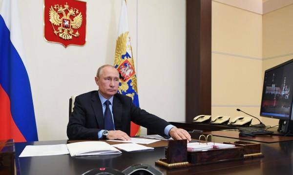Защо Владимир Путин бърза да обяви коронавируса за победен?