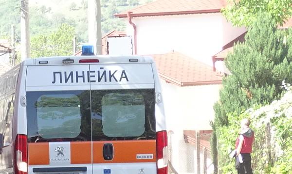 """15-годишен в """"Пирогов"""" след побой посред бял ден в София"""