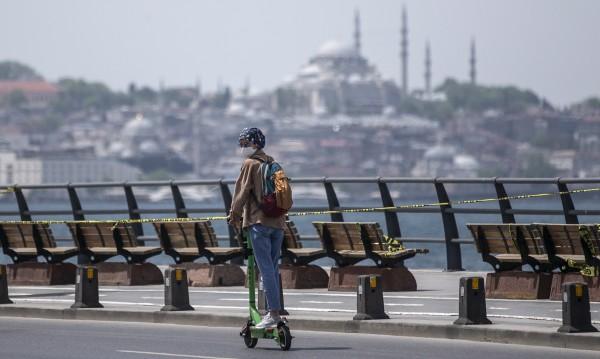 Приходите от туризъм в Турция спадат, а пред фалит ли е?