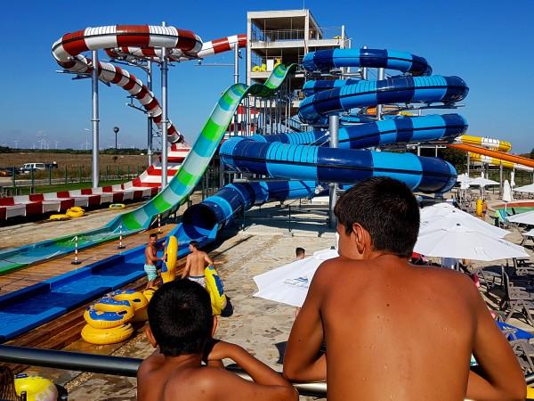 Собственици на аквапаркове в Слънчев бряг искат ясен регламент –