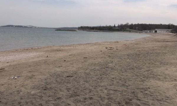 Търсят се спасители за неохраняеми плажове на север