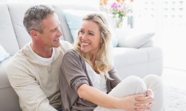 Защо срещите и любовта са по-трудни след 40?