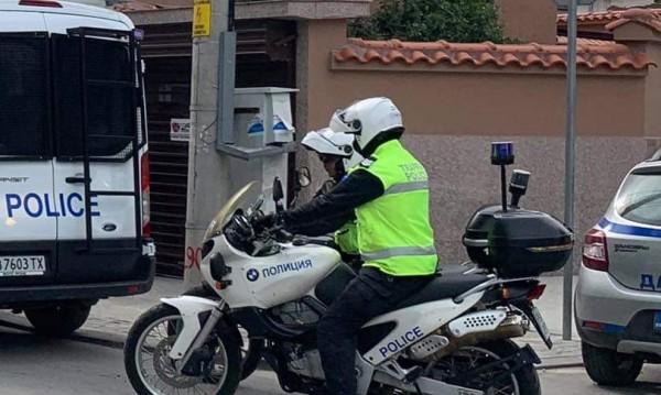 Трима в ареста заради побоя над баща с дете във Видин