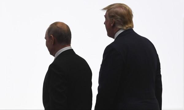 """Доналд Тръмп изтегля САЩ от договора """"Открито небе"""""""