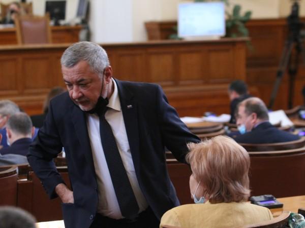 Парламентът намали на първо четене ставката на ДДС за рестораньорски