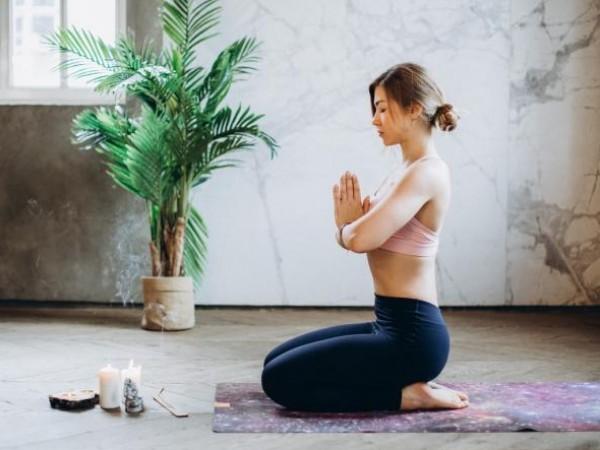 Медитацията е практика, в която дадено лице тренира ума и/или