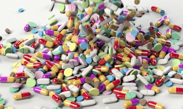 Прокуратурата подхвана сайтове, търгуващи с лекарства