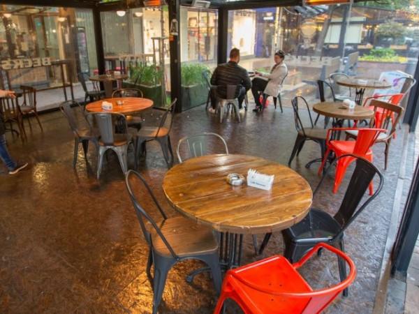 Парламентът прие на първо четене намаляването на ДДС за ресторантите