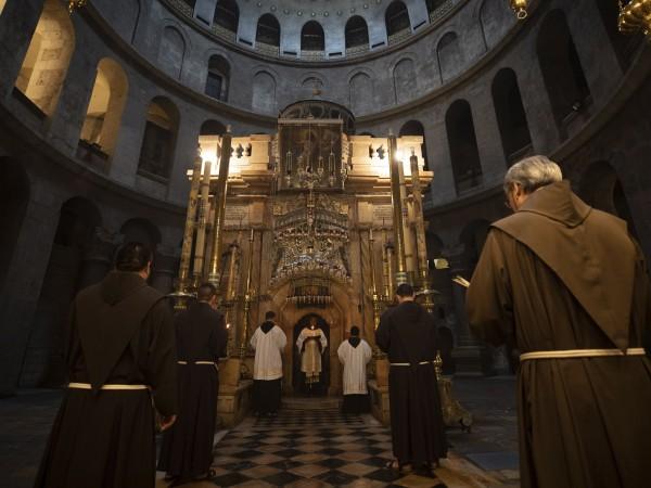 """Йерусалимската църква на Божи гроб """"Свето Възскресение"""" ще отвори врати"""