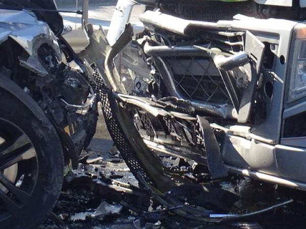 Тежка катастрофа с жертва е станала на пътя Е-79 между
