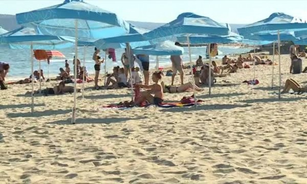 Колко ще се плаща за чадър и шезлонг по Черноморието