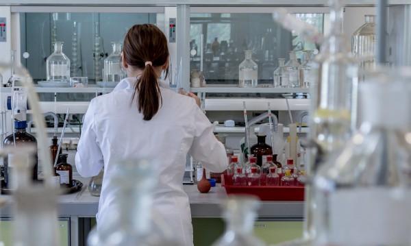 СЗО спира изпитания с хидроксихлорохин срещу коронавируса
