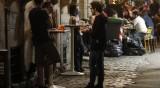 Без здрав разум – италианците напълниха баровете през уикенда