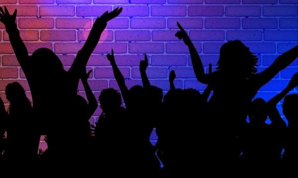 Нощни клубове, дискотеки и барове отварят от 15 юни