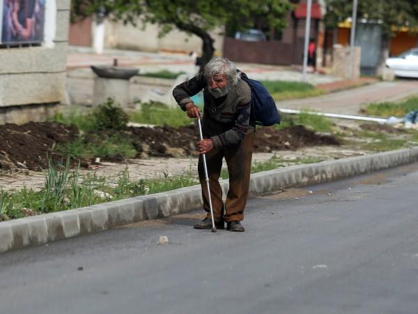 Селата в България с едноцифрен брой жители е 446, а