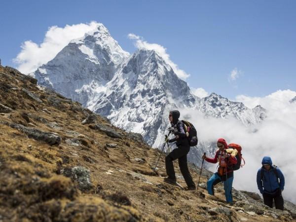 Китайски алпинисти ще монтират специална измервателна техника на планинския връх,