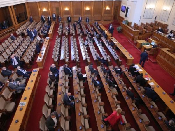 Депутатите ще разгледат на второ четене Закона за храните, който