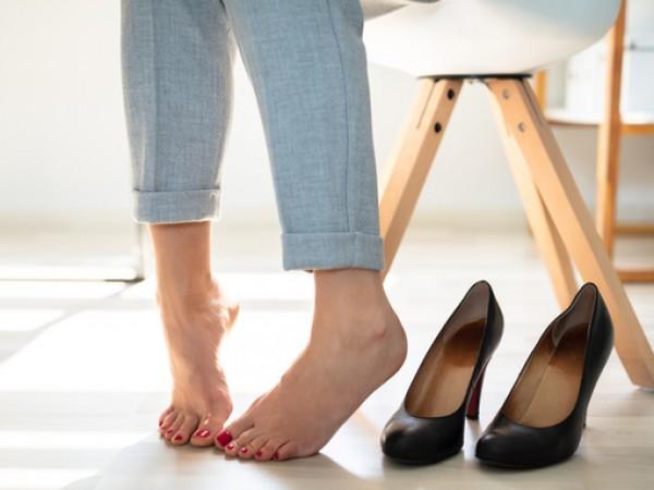 Лошата миризма на краката е много често срещан проблем, който