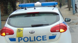 Мъж опита да подкупи полицаи със 100 лева