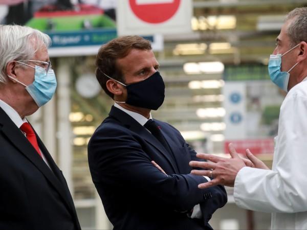 Русия ще покани френския президент Еманюел Макрон на големия парад