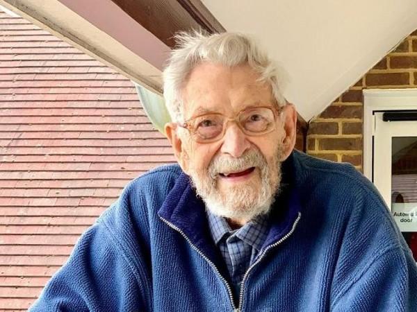 Най-възрастният мъж на Земята - британецът Боб Уейтън, е починал