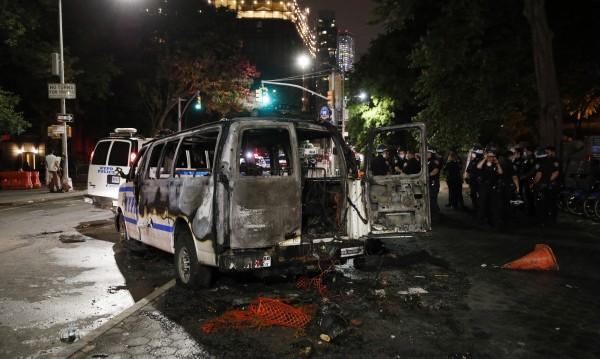 Демонстрантите срещу полицейското насилие в САЩ нападнаха и централата на CNN