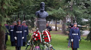 Каракачанов с призив: На 2 юни да положим цвета пред най-близкия паметник