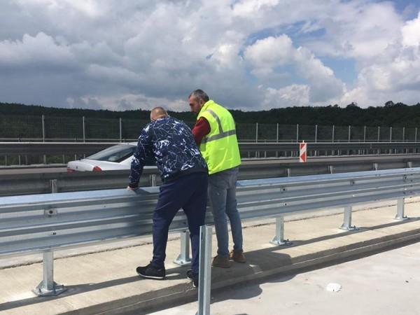 Министър-председателят Бойко Борисов инспектира как върви ремонтът на виадуктите по