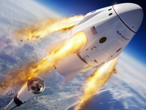 """Отново заради лошото време, стартът на пилотирания кораб """"Дракон"""" към"""